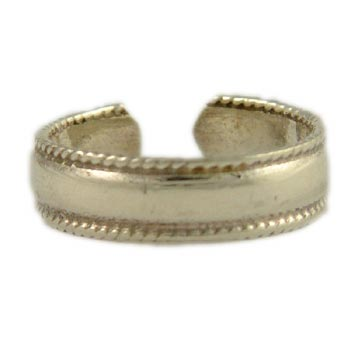 Sterling Silver Braided Band Toe Ring by Shanti Boutique