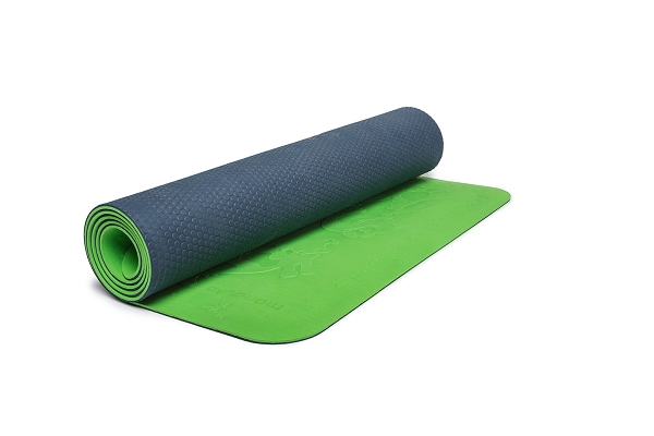 Manduka LiveON Kids Yoga Mat by Manduka LLC